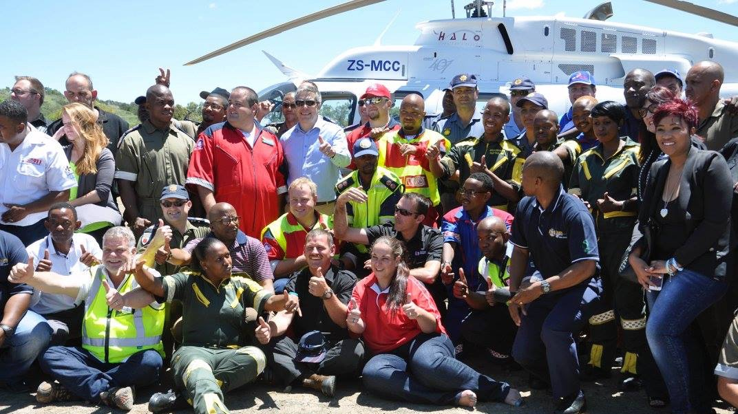 Group shot of the Arrive Alive campaign launch - photo credits to Shell Ultra City Pitstop Bloemfontein Facebook page.